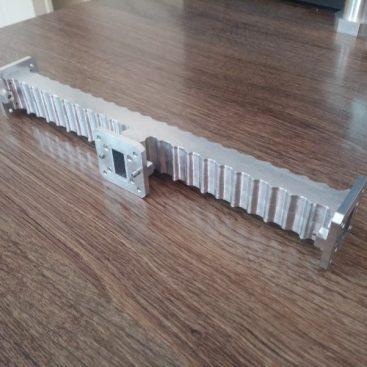 طراحی مکانیکی و ساخت Diplexer باند Ku